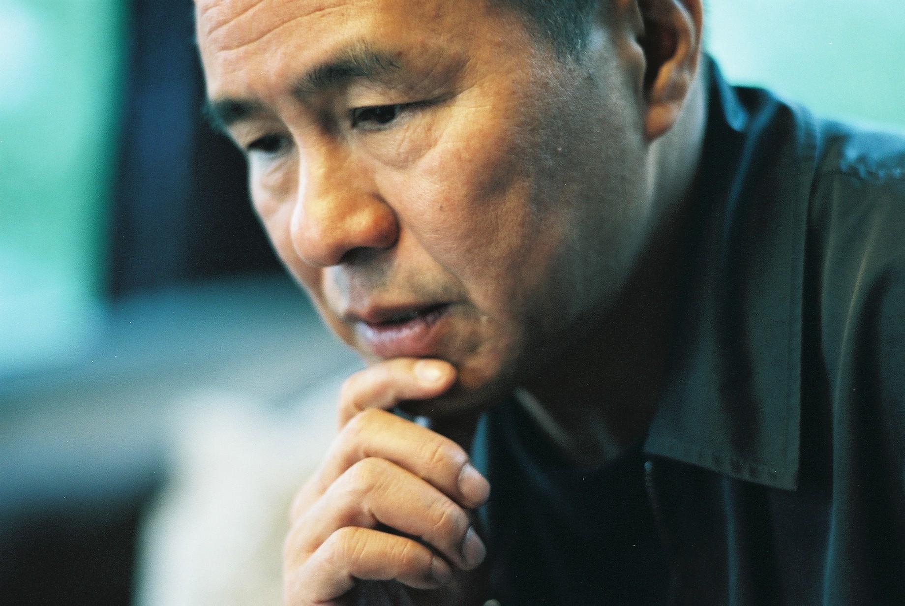 Hou Hsiao-hsien, portrait