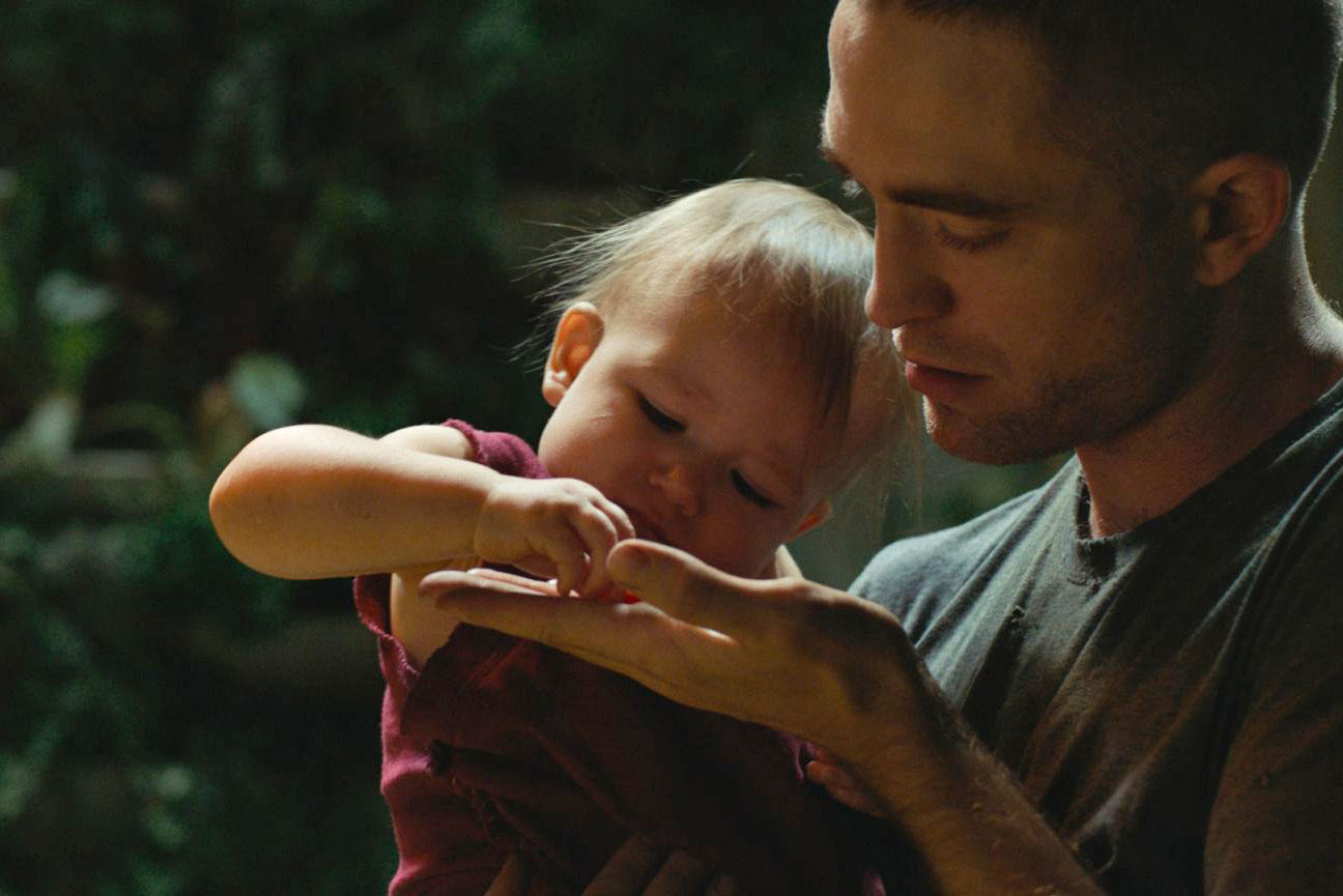 Scartlett Lindsey and Robert Pattinson in High Life, dir. Claire Denis, 2018